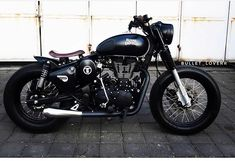 RE Classic Mantap jaya 'kan? Motos Royal Enfield, Enfield Bike, Enfield Motorcycle, Royal Enfield Thunderbird Modified, Royal Enfield Modified, Classic 350 Royal Enfield, Enfield Classic, Royal Enfield Stickers, Bullet Modified