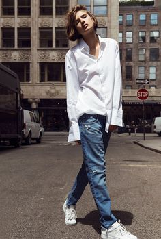 Men's white shirt, boyfriend jeans & all white Superstars