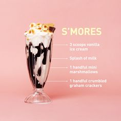 Because we can never have too many s'mores-flavored treats in our life: Blend vanilla ice cream with marshmallows and graham crackers, then pour into a chocolate syrup-swirled glass. Top with toasted (Diy Chocolate Milkshake) Easy Smoothie Recipes, Easy Smoothies, Smoothie Drinks, Shake Recipes, Cream Recipes, Salad Recipes, Flavored Marshmallows, Recipes With Marshmallows, Chocolate Milkshake