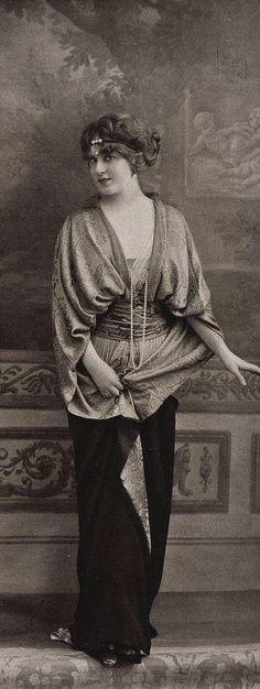 Más tamaños | manteau du soir 1913 | Flickr: ¡Intercambio de fotos!