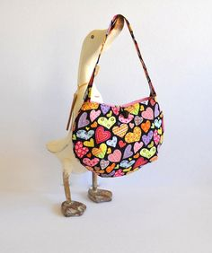 Valentines shoulderbag Girls heart bag Girls by RobynFayeDesigns