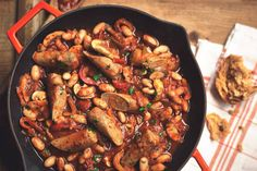 Quorn Sausage And Beans Casserole anyone?We love sausage casseroles here and this is a meat-free version from Quorn.Try this recipe for a healthier sausag Quorn Recipes, Bean Recipes, Sausage Recipes, Veggie Recipes, Casserole Recipes, Easy Healthy Dinners, Easy Dinner Recipes, Sausage And Bean Casserole, Sausage Stew