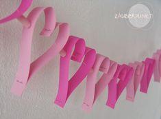 *ZAUBERPUNKT*: PapierHerzenGirlande { DIY } für den Valentinstag