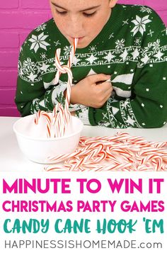 These Minute to Win It Christmas Games are perfect for all ages! Host the best Christmas party ever with these fun Christmas games for kids and adults! Birthday Party Snacks, Slumber Party Games, Carnival Birthday Parties, Kids Party Games, Christmas Party Games For Kids, Xmas Games, Christmas Fun, Nye Games, Christmas Parties