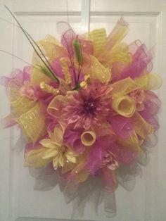Spring wreaths Spring Wreaths, Christmas Wreaths, Balloons, Holiday Decor, Fall, Beautiful, Home Decor, Autumn, Globes