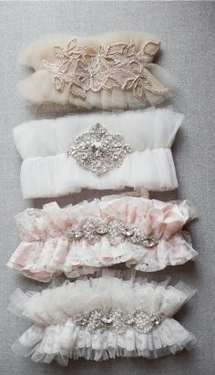DIY Bridal Garter DIY Bridal Garter // Tulle Couture Garters Using Soft Ivory Lace, Crystals and Embroideries. By Emily Riggs Bridal Free Wedding, Trendy Wedding, Luxury Wedding, Couture, Ideas Joyería, Party Ideas, Make Up Braut, Diy Accessoires, Wedding Lingerie