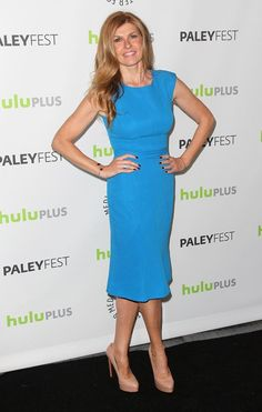 Connie Britton in Pretty People, Beautiful People, Connie Britton, Monique Lhuillier, Celebs, Celebrities, Celebrity Hairstyles, Hair Color, Dresses For Work
