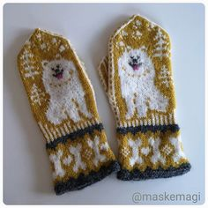 Ravelry: Samojed votter pattern by Fru Maskemagi Baby Mittens, Knit Mittens, Knitted Gloves, Fingerless Gloves, Baby Knitting Patterns, Lace Knitting, Crochet Pillow Cases, Baby Scarf, Mittens Pattern