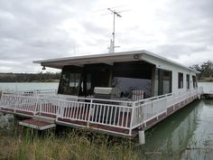 33 Best Houseboats images in 2017 | Houseboats, Boat house, Floating