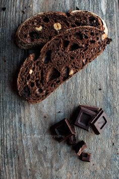 Chocolate and Dark Beer Bread pan de chocolate y cerveza negra Chocolate Beer, I Love Chocolate, Hard Bread, Beer Bread, Pan Dulce, Our Daily Bread, Bread And Pastries, Artisan Bread, Bread Rolls