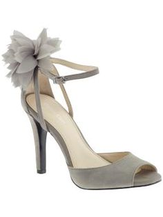 We all know I have an odd tendency towards shoes with flowers...