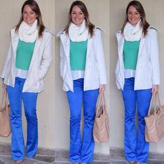 Look de trabalho - look do dia- moda corporativa - work outfit - winter - fall- calça azul cobalt - royal - Klein- casaco branco - turquesa