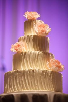 Peach and Cream Wedding Cake | photography by http://www.artisanevents.com/