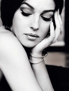 Buongiorno…⭐️ Monica Bellucci for ELLE, January 2013