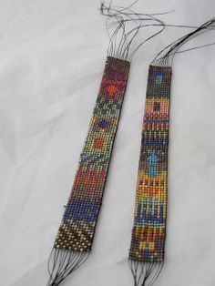 beadweaving by Claudia of Mirrix Looms. Source: her blog - A Word From Claudia: bead weaving