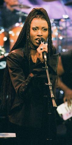 Charmayne Maxwell dead: Singer with 90s R