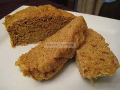 By tinkering around with the MIM (Muffin in a Minute) or OMM (One Minute Muffin) recipe that is so well-known to low carbers, I have come up with a mini pumpkin bread that is much improved in text...