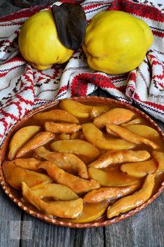 Mancare de pui cu gutui - CAIETUL CU RETETE Romanian Food, Pesto, Clean Eating, Meals, Dishes, Chicken, Cooking, Recipes, Romanian Recipes