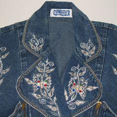 Vintage Womens Size Small Jean Jacket Kokomo Bling Embellished | eBay Love Jeans, Jean Jackets, Vintage Accessories, Vintage Ladies, Bling, Denim, Stylish, Fashion Design, Ebay