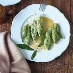 Malfatti mit brauner Butter und Salbei
