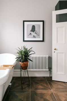 Rovere Floor Tiles And Monochrome Print - Bathroom In A Characterful Edwardian Semi Detached Property Edwardian Bathroom, Victorian Bedroom, Edwardian House, Bathroom Design Small, Bathroom Interior Design, Bathroom Designs, White Bathroom Tiles, Funky Bathroom, Light Bathroom