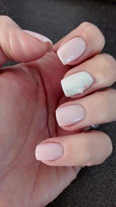 #nails #madebyme #lightpink #white