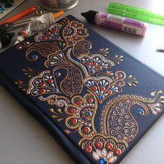 1 million+ Stunning Free Images to Use Anywhere Dot Art Painting, Mandala Painting, Pottery Painting, Henna Canvas, Henna Art, Mandala Dots, Mandala Design, Easy Canvas Art, Mandala Art Lesson