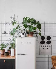 May 2020 - Home is where the food is made. See more ideas about Kitchen design, Kitchen decor and Home. Deco Design, Küchen Design, House Design, Garden Design, Design Layouts, Blog Design, Kitchen Interior, Interior And Exterior, Kitchen Decor
