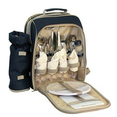 I love this! What a wonderful backpack to have for a Romantic Picnic! Winery Picnic Backpack, $44.99 (http://www.fletcherandersons.com/products/winery-picnic-backpack.html) #picnic #Romantic #wine