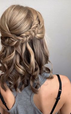 Braided half up half down The Effective Pictures We Offer You About junior bridesmaid hair trendy to Braid Half Up Half Down, Wedding Hairstyles Half Up Half Down, Short Hairstyles For Wedding Bridesmaid, Half Up Half Down Bridal Hair, Medium Length Wedding Hairstyles, Bridesmaid Hair Half Up Medium, Boho Bridesmaid Hair, Country Wedding Hairstyles, Wedding Hairdos