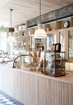 16 small cafe interior design ideas the barn кафетерии, кафе Deco Restaurant, Restaurant Design, Modern Restaurant, Restaurant Kitchen, Cafe Display, Bakery Display Case, Display Cases, Wood Display, Display Design