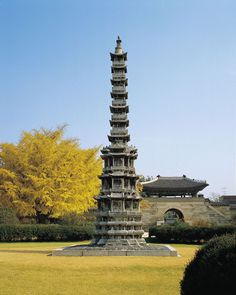 86 Gyeongcheonsa Pagoda from Gyeongcheonsa, a stone pagoda, National Museum of Korea, Seoul Korean Traditional, National Treasure, Burj Khalifa, National Museum, Historical Sites, Asian Art, South Korea, Castle, Tower