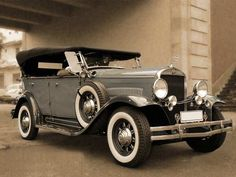 Margy's Musings: Antique and Old Cars