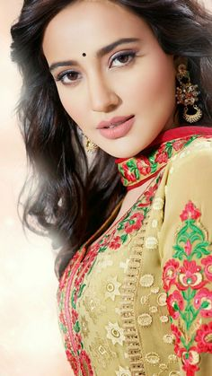 Beautiful Bollywood Actress, Beautiful Indian Actress, Beautiful Actresses, Cute Beauty, Beauty Full Girl, Real Beauty, Beautiful Gorgeous, Beautiful Asian Girls, India Beauty