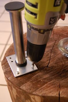 stump screw