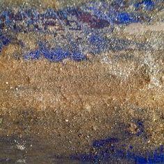 ZAFFIRI DELLO SRI LANKA                            Particolare di pittura multimaterica 190x30.               Qui il cielo e trasparente,il mare color zaffiro e lapislazzuli,la vegetazione profumata,le scogliere granitiche argento e oro....                     Disponibile in studio