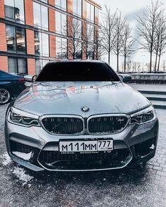 BMW F90 M5 silver