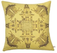 10 Throw Pillows to Spice Up Your Sofa