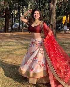 Kundali Bhagya actress Shraddha Arya looks dreamy as she twirls in peach lehenga during Holi Indian Fashion Dresses, Indian Bridal Outfits, Indian Gowns Dresses, Indian Bridal Fashion, Dress Indian Style, Indian Designer Outfits, Indian Wear, Prom Dresses, Half Saree Lehenga