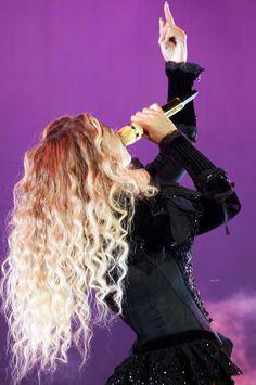 Beyoncé Formation World Tour CenturyLink Field Seattle Washington Beyonce Formation Tour, The Formation World Tour, Queen Bee Beyonce, Beyonce And Jay Z, Cute Celebrities, Celebs, Beyonce Knowles, Female Singers, Hair Makeup
