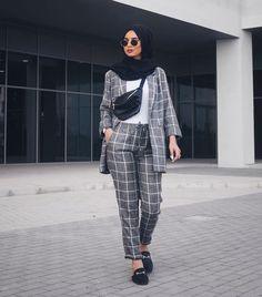 24 Ideas For Fashion 2018 Trends Hijab Modern Hijab Fashion, Muslim Fashion, Modest Fashion, Look Fashion, Girl Fashion, Fashion Outfits, Daily Fashion, Trendy Fashion, Vintage Fashion