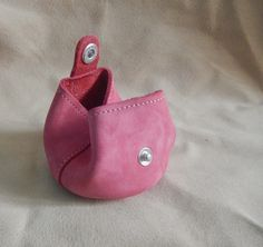 Porte monnaie en cuir rose pratique artisanal homme femme : Porte-monnaie, portefeuilles par zaz-art