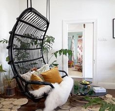 Half Shaved Hairstyles For Women Swing Seat, Swing Chairs, Lounge Chairs, Small Space Living, Small Spaces, Black And White Chair, White Chairs, Black White, Interior Styling