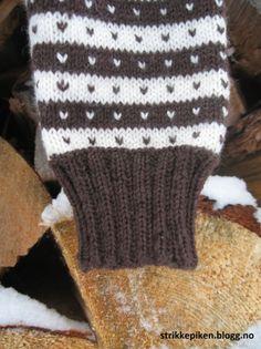 Winter Hats, Gloves, Men Sweater, Tips, Sweaters, Beautiful Places, Men's Knits, Sweater, Sweatshirts