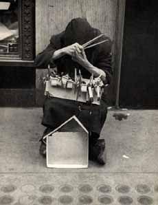 Louis Faurer Louis Faurer, Edward Steichen, Robert Frank, William Eggleston, Out Of Focus, Museum Of Modern Art, Film Posters, Street Photography, Artist