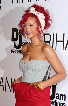 doing this hair color next. ughh ive always loved this color hair, i want it.and love it on her!