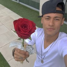 Neymar got this for his wife on Mothers Day ❤️ World Best Football Player, Good Soccer Players, Football Players, Neymar Jr, Rose Croix, Neymar Brazil, Love You Babe, Never Grow Old, Your Soul