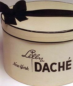 An original hat box from the magnificent Milliner Lilly Dache Vintage Hat Boxes, Vintage Purses, Millinery Hats, Pretty Box, Love Hat, Beige, Hat Pins, Black Cream, Travel Accessories