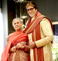 Amitabh Bachchan-Jaya Bachchan reunite for a shoot and the picture from the sets is pure GOLD! #FansnStars