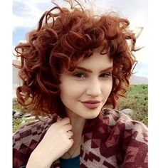 25 Curly Red Hairstyle Suggestions What do you say we take a look at our special hairstyle suggestions? Everyone is fascinated by natural red hair, and when you add . Short Cropped Hair, Short Red Hair, Short Straight Hair, Curly Red Hair, Haircuts For Wavy Hair, Haircut For Thick Hair, Straight Hairstyles, Choppy Haircuts, Easy Hairstyles